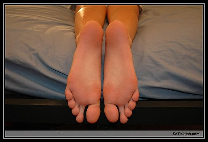 Guys, Do Any Of You Have A Foot Fetish - Girlsaskguys-8346