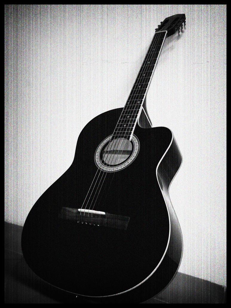 گیتار مشکی