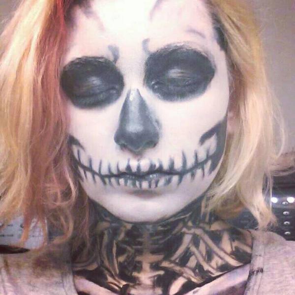 Skeleton makeup # 3 by ShikabaneHime88