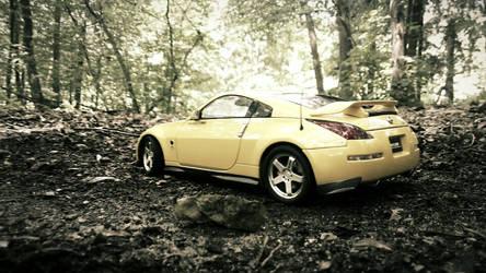 Nissan 350Z Nismo AutoArt in forest