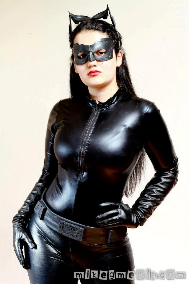 Catwoman TDKR 12 Inch Figure - POW! The Hero In You