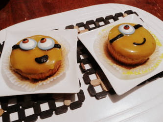 Minion Cupcakes by gintoki6-16