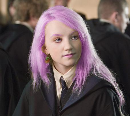Luna Lovegood likes pink by Magik-Bucket