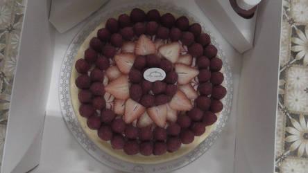 Raspberry and strawberry cheese cake