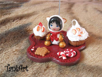 Chibi girl - photo holder fimo by TaniArt