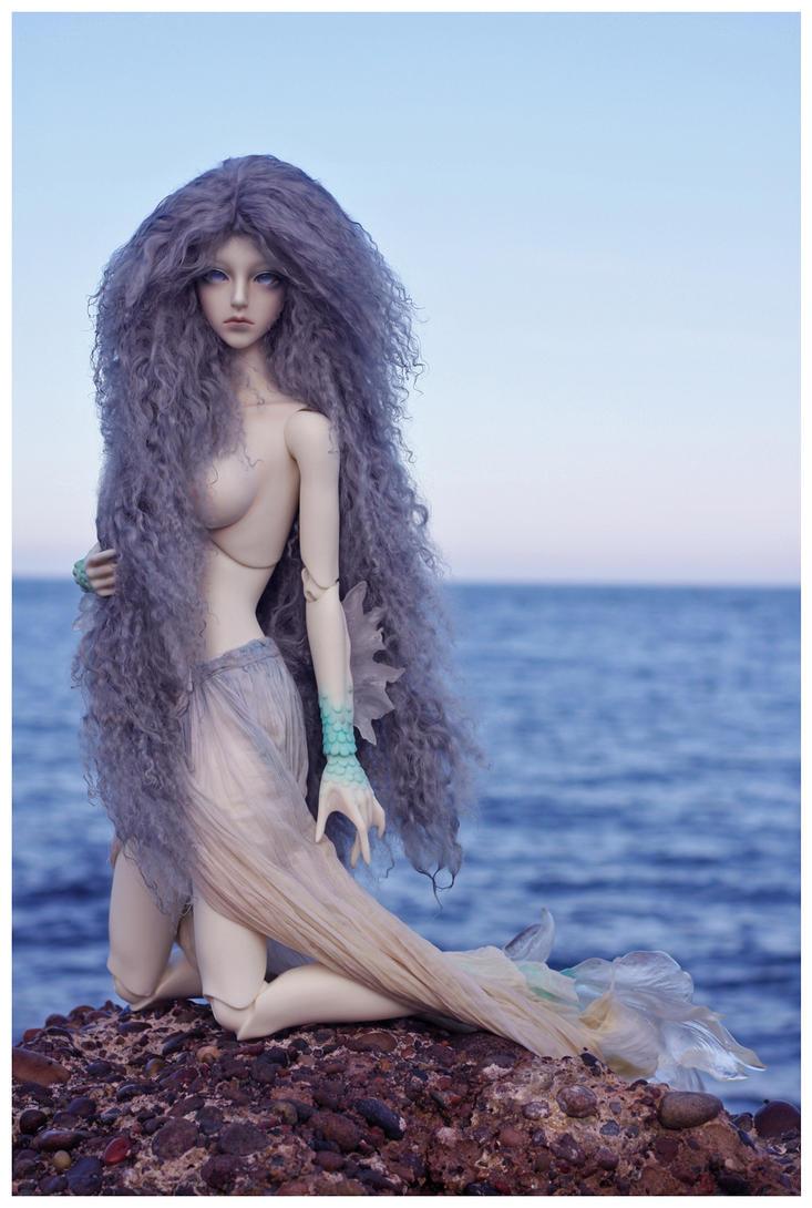 The Siren by Purplejackdaw