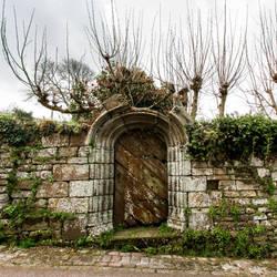 Locronan Door