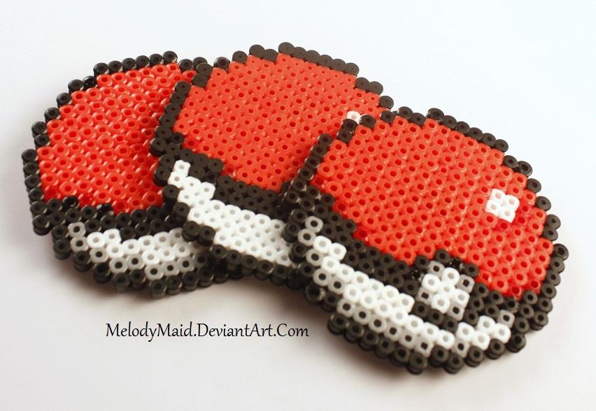 Pokemon Perler - Pokeballs by MelodyMaid