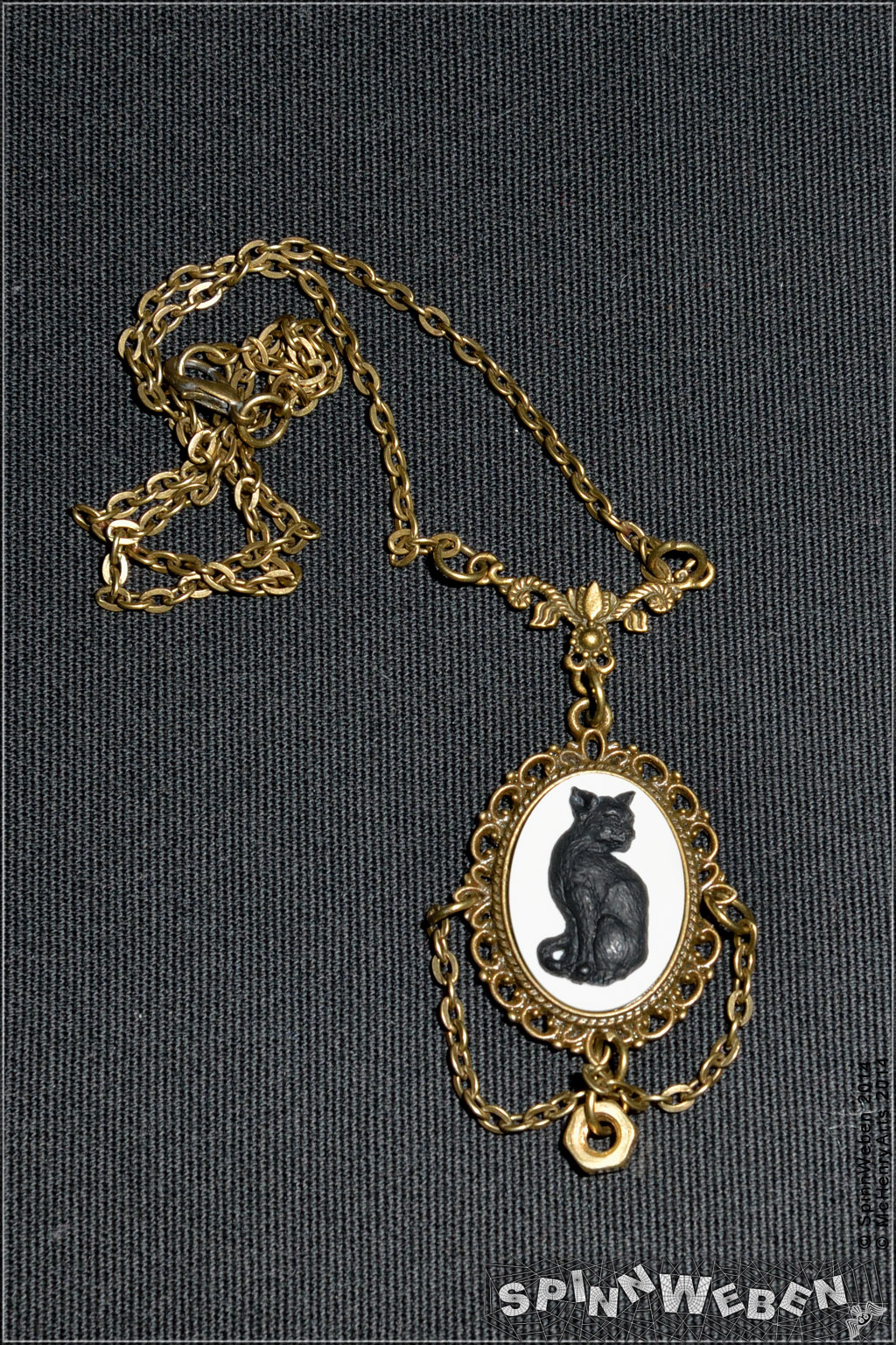 steampunk locket cat necklace - 016 by SpinnWeben