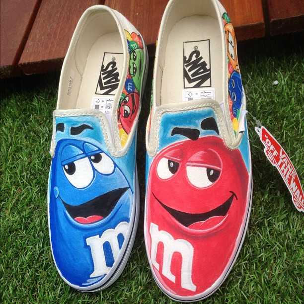 How Do You Customize Vans Shoes