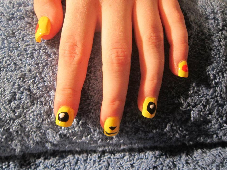 Nail Art: Pikachu by Tora-Luv10