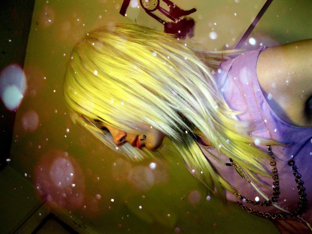 Wolf-girl-Alchemist9's Profile Picture