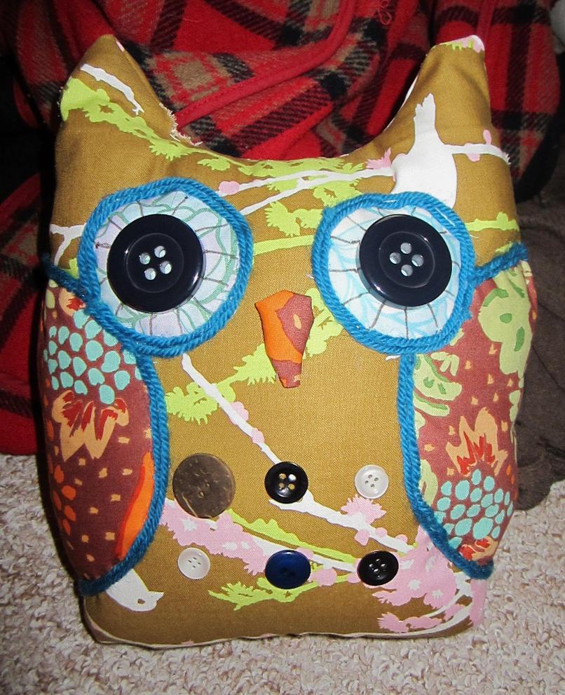 Mini owl cushion by Busbi