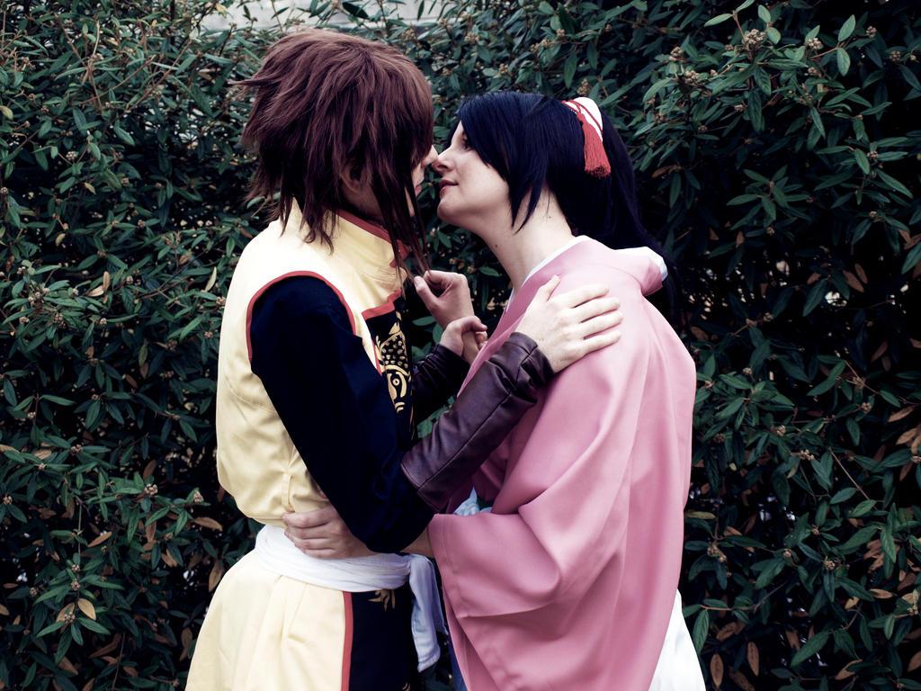 Okita and Chizuru Kiss by Hikari-Cosplay