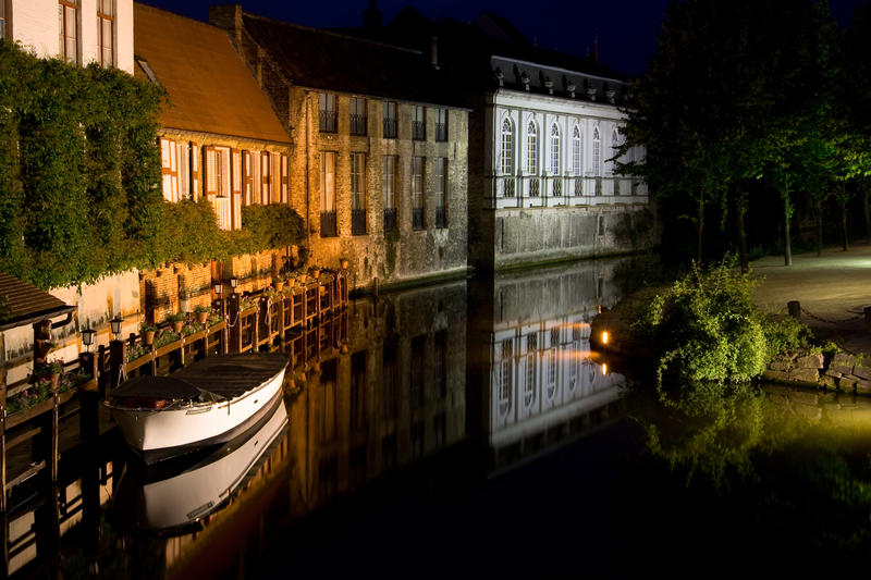 A Night in Bruges by drclaw27