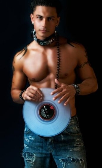 DJ Pauly D by etaindarmangirl