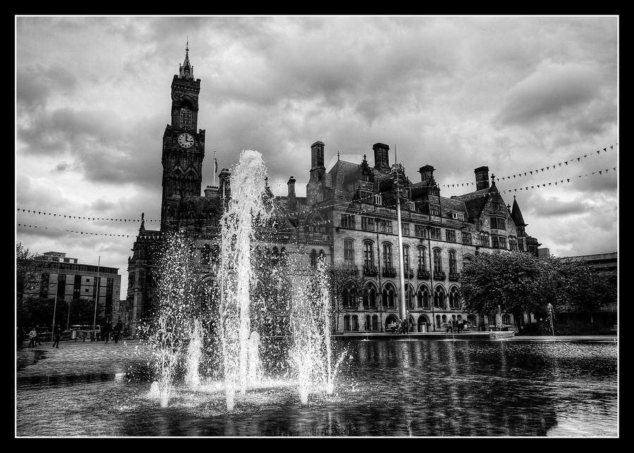 Bradford Mirror Pool And Town Hall. By GaryTaffinder On