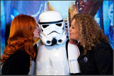 Riversong and Amy Pond kissing Stormtrooper by andrewhitc