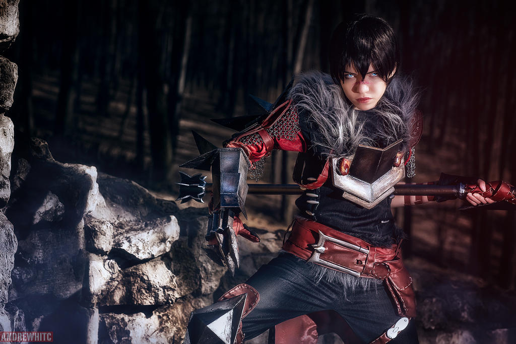 Dragon Age II Hawke Cosplay by Tophwei by andrewhitc