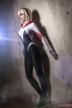 Spider Gwen by Cosplay