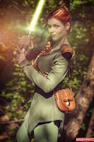 Mara Jade Cosplay by I_chios by andrewhitc