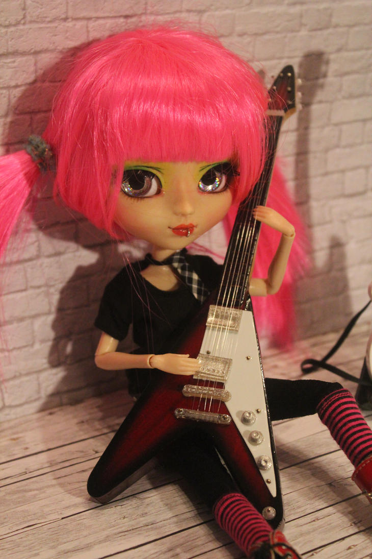 custom pullip  aurora rocking  brat by DarkWing-Zero