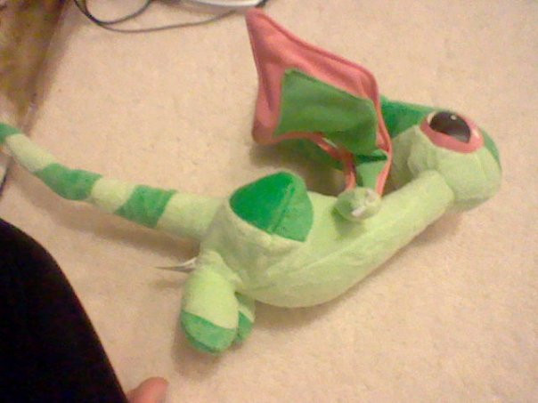 FLYGON PLUSHIE by horsekid11