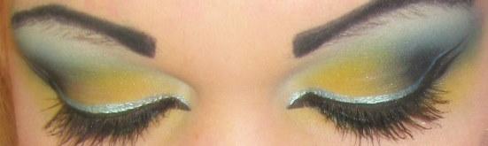 blue yellow eyeshadow by Trannsylvanian