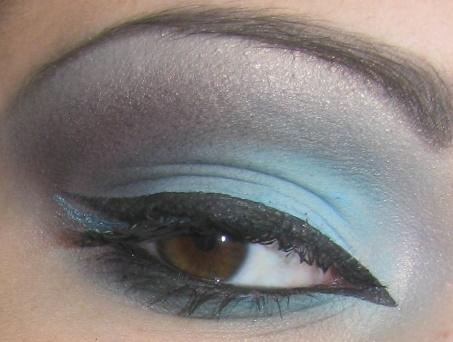 turquoise brown eyeshadow by Trannsylvanian