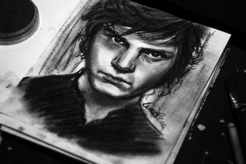 hi im tate im dead wanna hook up Violet i wanna tate i took some parts☺ i saw it on you tube and i think is the best video of tate😍😍 his name is -tate langdon i wanna be a.