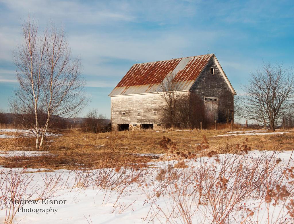 Old Barn by AEisnor