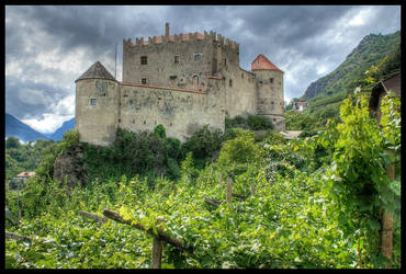 The Castle of Kastelbell by waflar