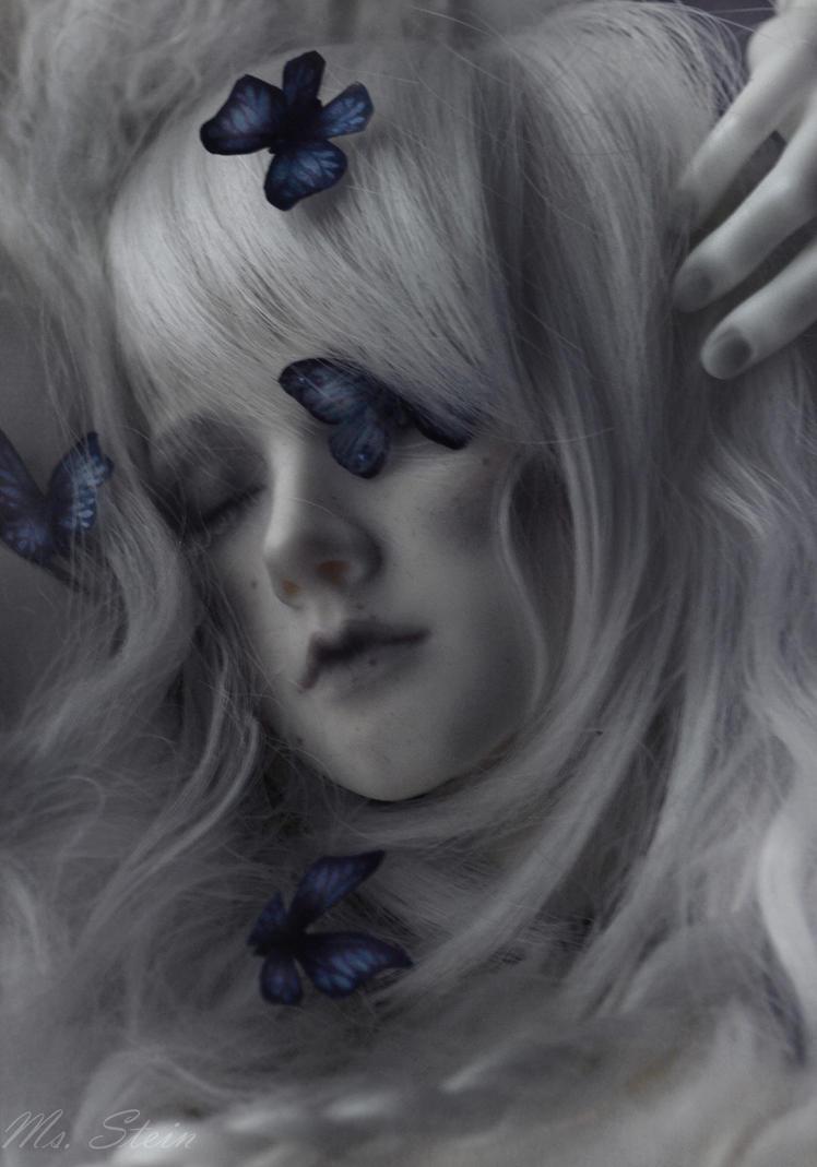Melancholia by msstein0
