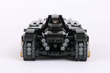LEGO Arkham Knight Batmobile 02
