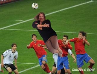 lilita carrio en el futbol (meme) by gonzalomoya