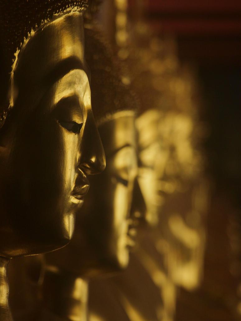 Buddha by zinlozetydsbesteding
