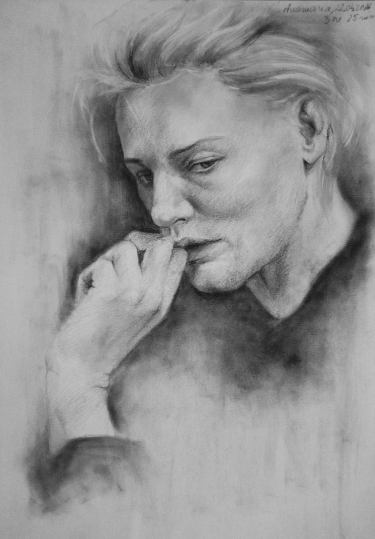 Woman portrait by wAnnw