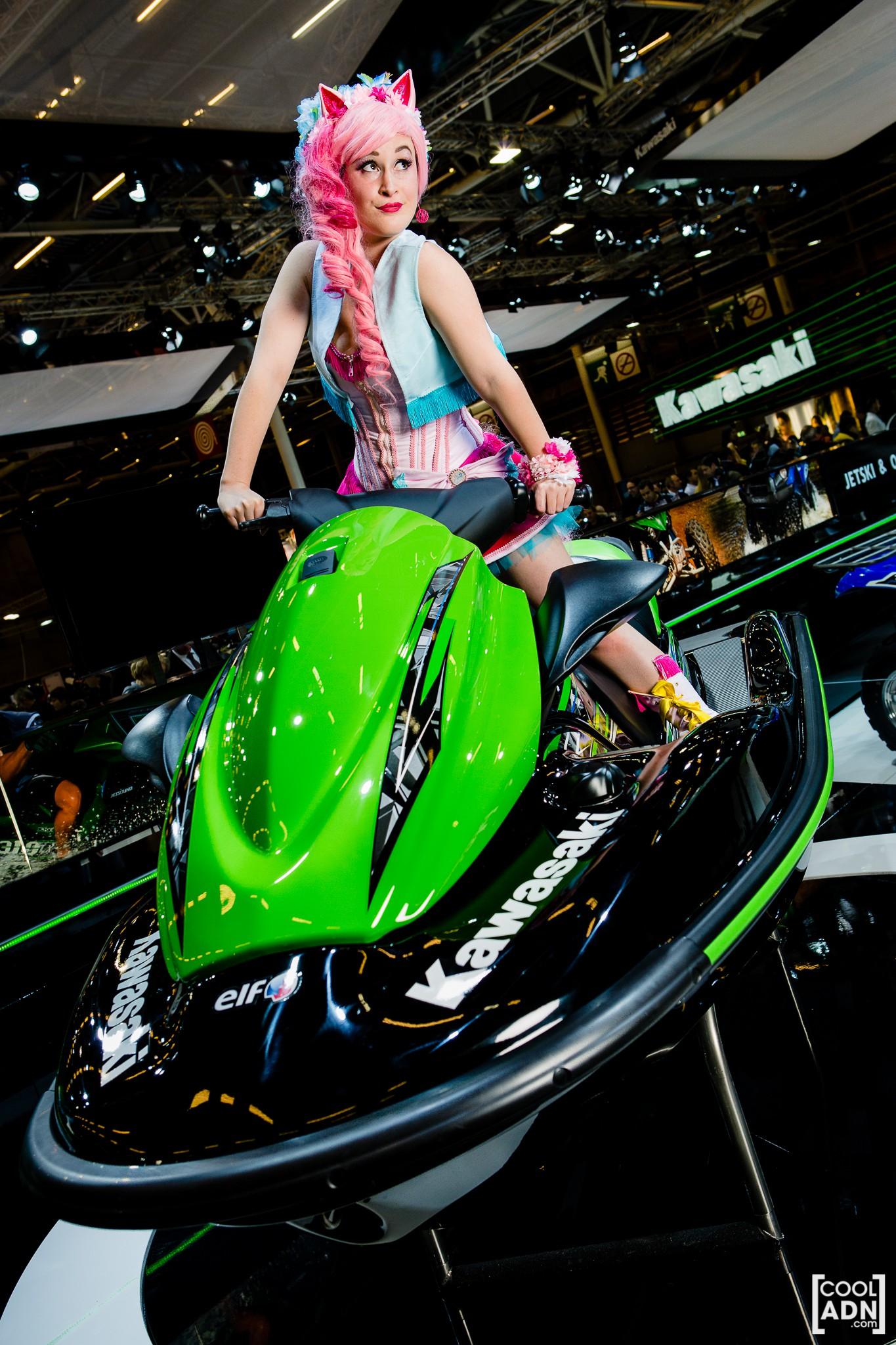 Shooting kawasaki au salon de la moto 2013 by cooladn on - Salon de la moto tours ...