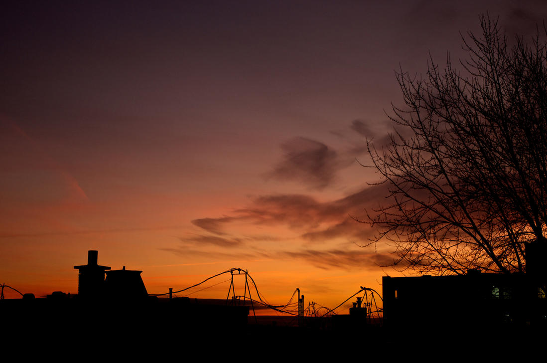 Late January Sunrise by Ennev