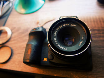 A Carl Zeiss Jena lens on a Pentax K-3 II