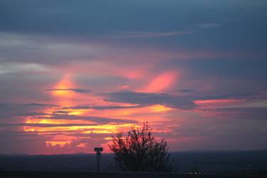 Desert Sunset by MikesScribbles