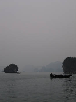 Ha Long Bay: Drifting Senses