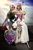 Link Cosplay - sitting together by Eressea-sama