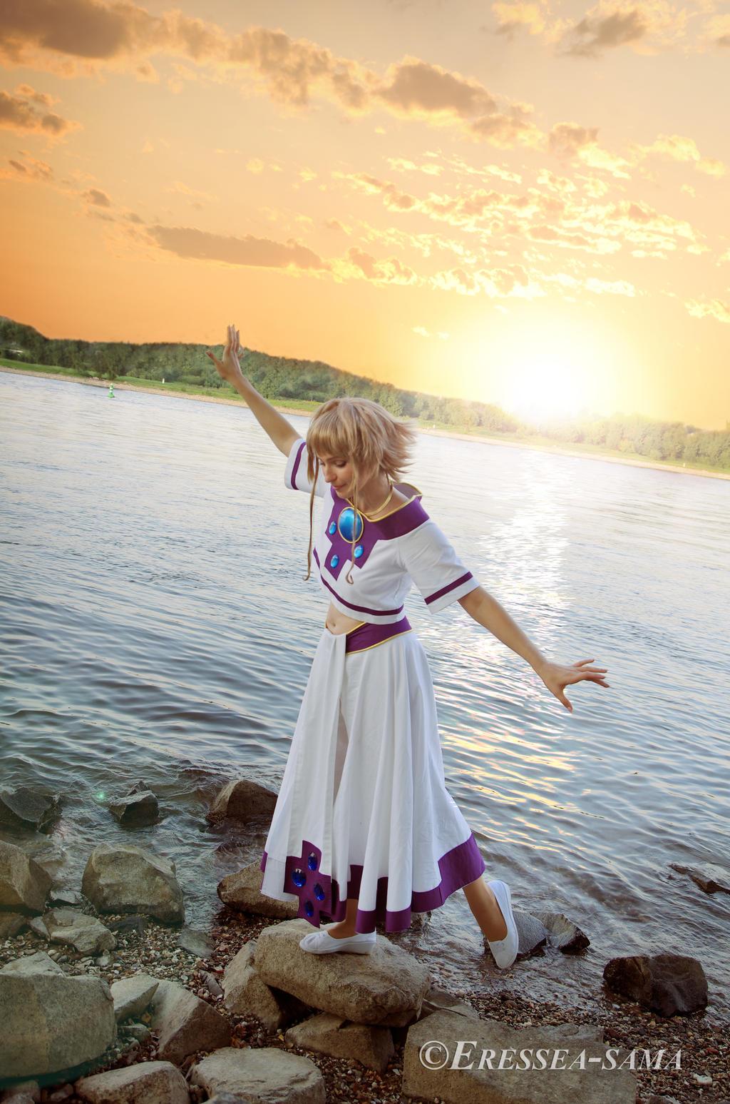 Sakura Cosplay - Balance by Eressea-sama