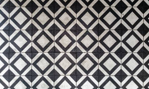 Black and white pattern floor with sqaures