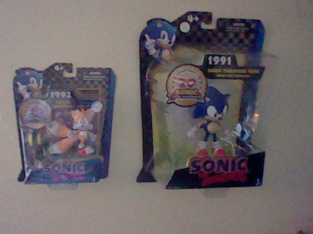 Target Sonic Toys : Classic sonic and tails figure by spaceman on deviantart