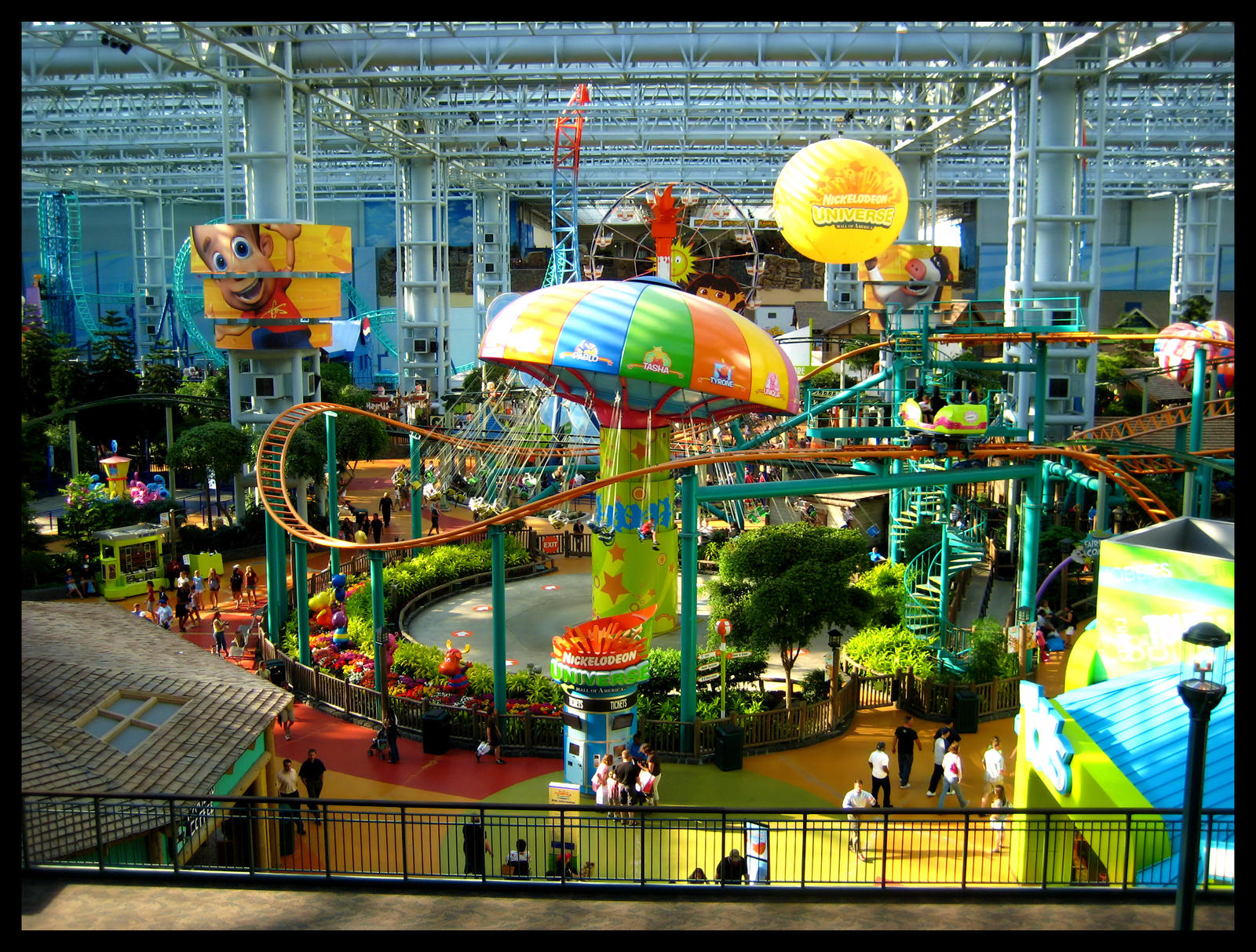 Nickelodeon Universe (originally Knott's Camp Snoopy, later known as The Park at MOA) is the seven-acre (28, m²) indoor amusement park in the center of the Mall of America (MOA), in Bloomington, Minnesota, USA & at American Dream Meadowlands in East Rutherford NJ (Opening in April ).
