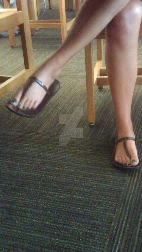 Yadi's legs and beautiful feet 1 by schizoknight12