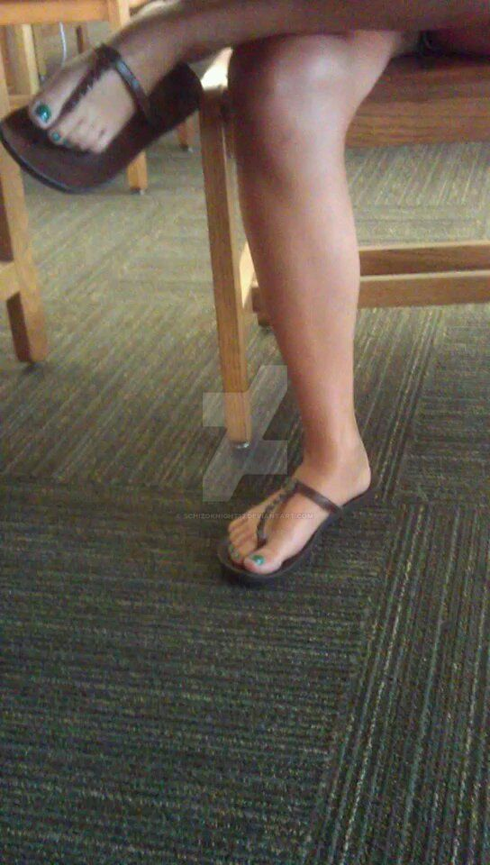 Yadi's legs and beautiful feet 2 by schizoknight12