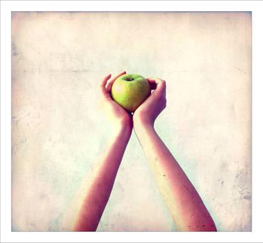 apple green by misYU
